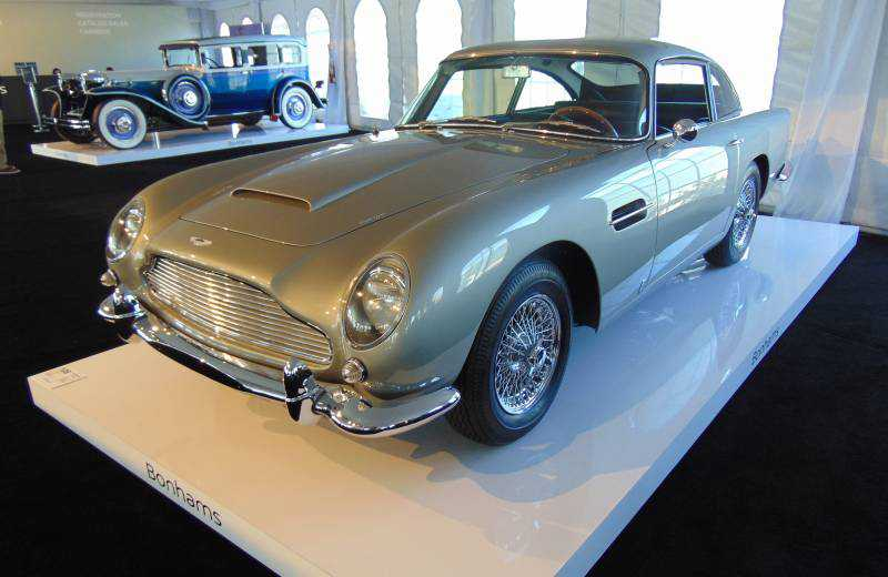 One Aston Martin DB5 restored in Canada sells for a cool $1 million